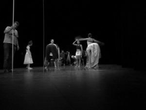 Cia Matheus Brusa, último ensaio de Centímetro antes de sua estreia, 2013, Caxias do Sul